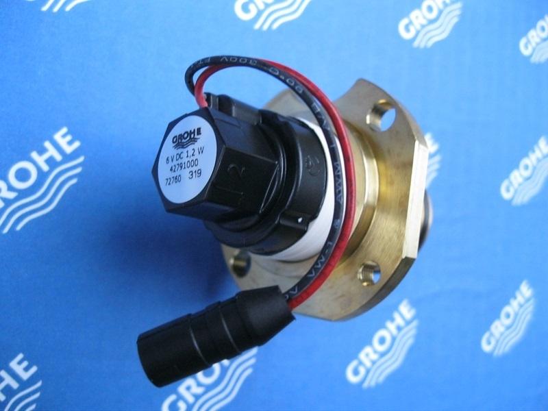 Grohe 42791000 Magnetventil für 6 Volt Tectron Urinal Spülanlagen