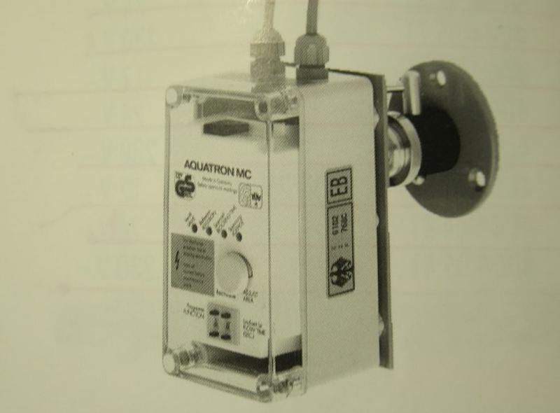 Aquatron 2000 MC radar-electronische Urinalsteuerung 86-100-07.837 / 61014000 /60016100